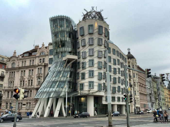 Reise nach Prag das tanzende Haus