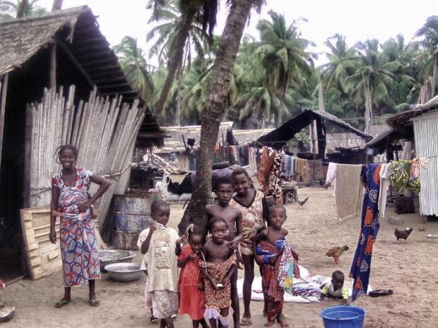 Elfenbeinküste Anne Kids in Grand Bassam