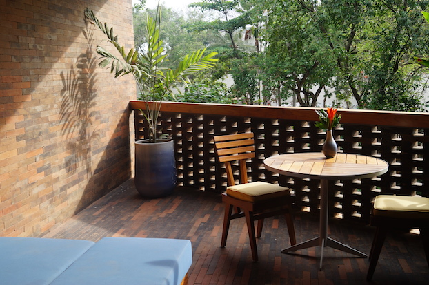 Katamama Hotel Bali Terrasse im Zimmer