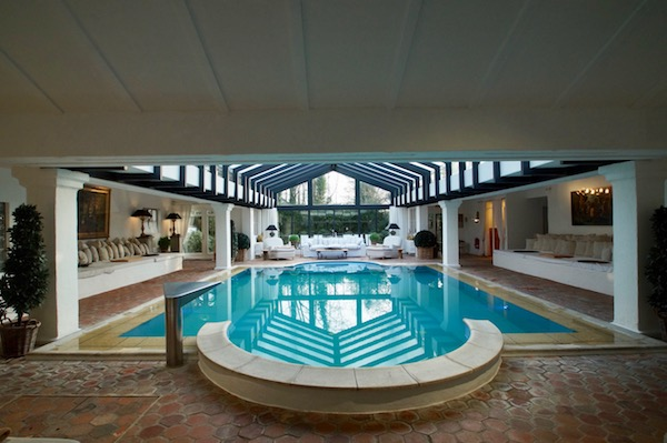Wellness-Spreewald-Hotel-Bleiche-Resort-Spa-Innenbecken