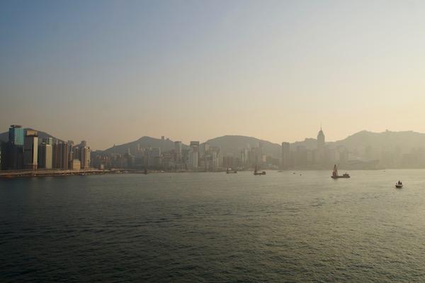 Tag-in-Hongkong-Sonnenuntergang-Kowloon